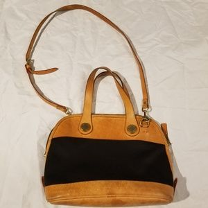 Dooney & Bourke Handbag Purse Leather and Black